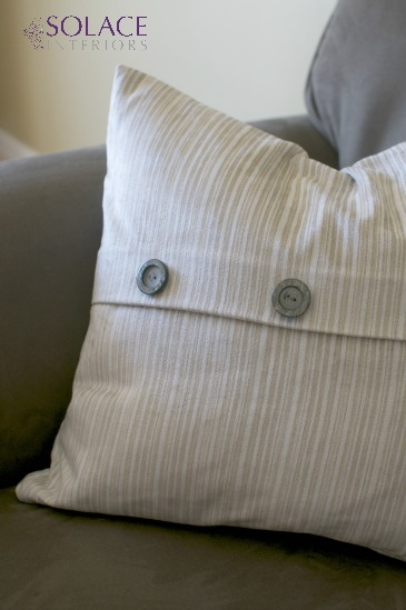 Moir pillow